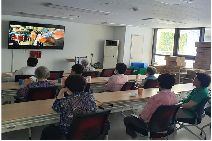 [데이]사회적응훈련 '만리재영화관 -스윙키즈'