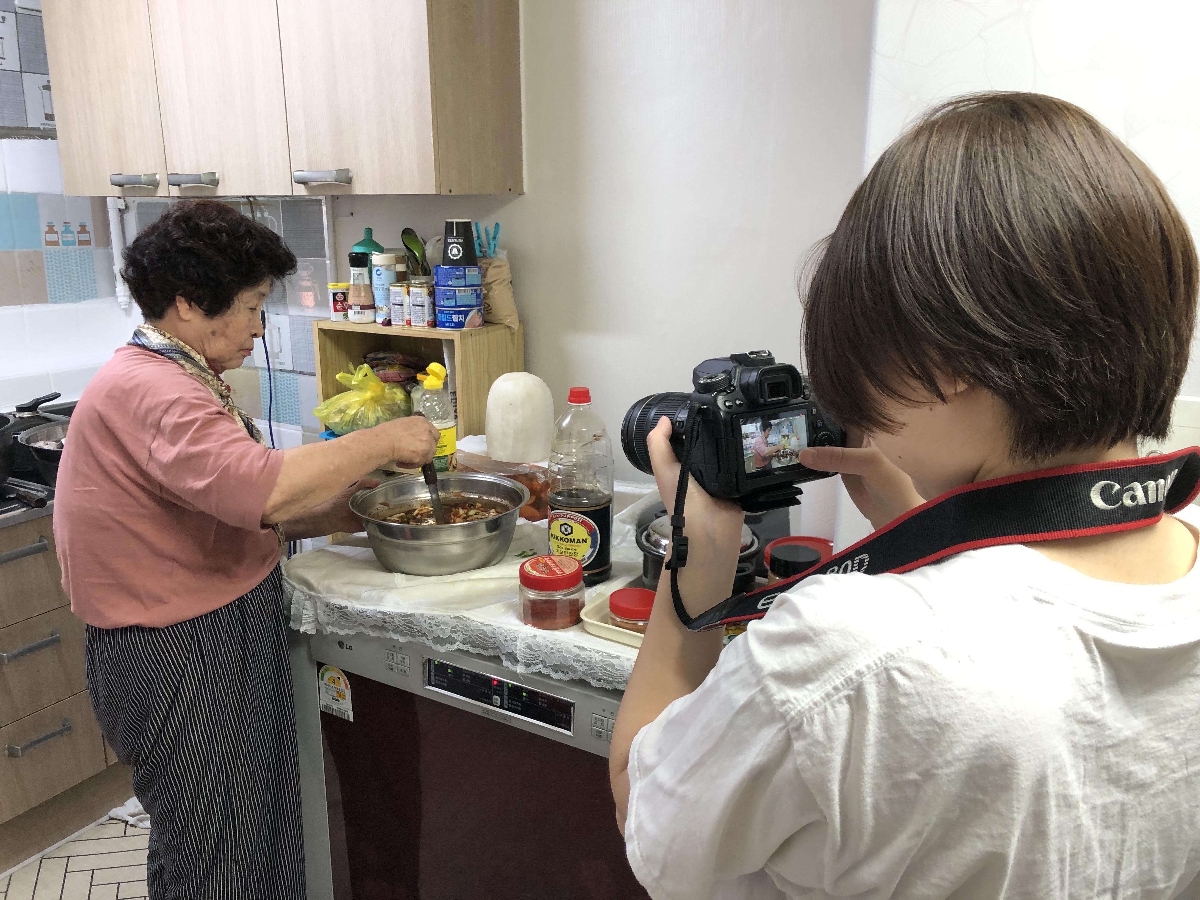 [재가지원] 재가어르신 요리 콘텐츠 제작 프로그램 '내가 바로 쿡(COOK)크리에이터!' 7차 활동